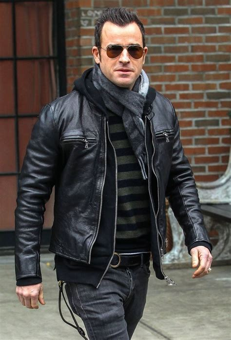 justin theroux tattoos justin theroux outside the bowery hotel zimbio
