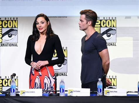 wonder actor interview actors gal gadot and chris pine attend the warner bros