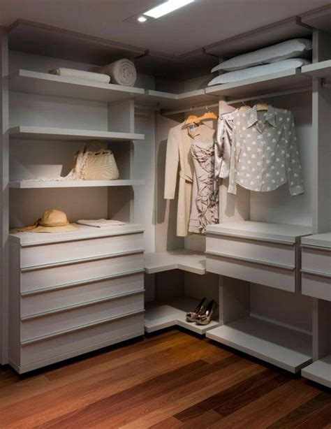 Closets By Design Ta by 40 Best Images About Quarto Solteiro On Small Room Mariana And Closet