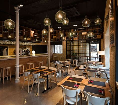 restaurant design ideas 24 best restaurant images on pinterest small restaurant