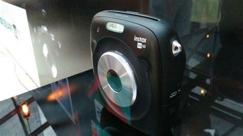 Kamera Fujifilm Sq10 ini dia instax square sq10 kamera instax hibrida terbaru dari fujifilm tribun batam