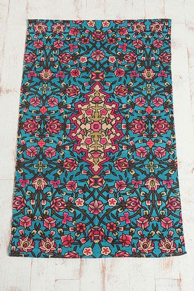 Tapis Outfitters by Tapis 224 Fleurs Effet Mosa 239 Que Outfitters Home