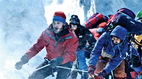 film everest note everest epic gets venice film fest off on a high note