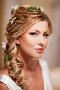 wedding hairstyle to the side with
