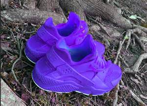 Blue Diamond Spray Paint - candy paint nike air huarache in red pink or any 1 colorway sieratoclothingco clothing