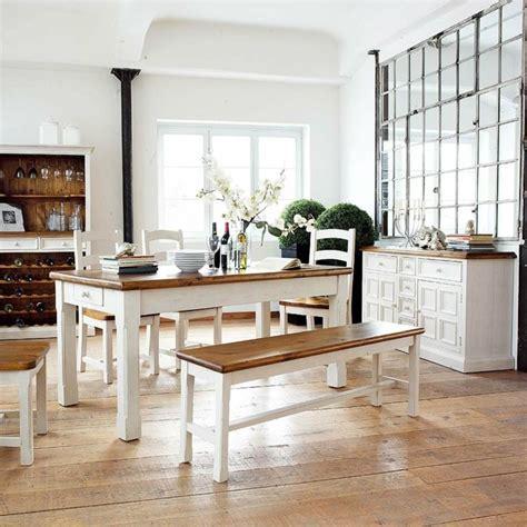 Impressionnant Cuisine Grise Et Jaune #8: deco-campagne-chic-salle-a-manger-meubles-blanc.jpg