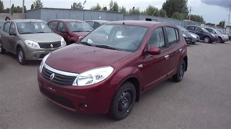 renault sandero 2011 2011 renault sandero start up engine and in depth tour