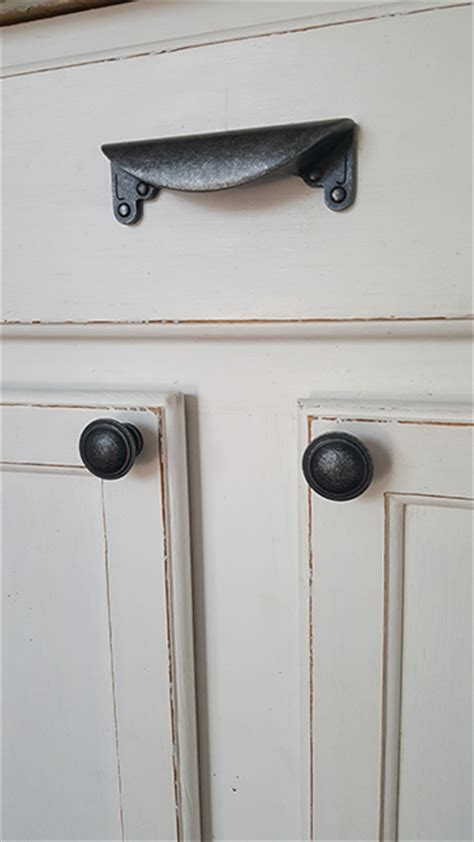 installing cabinet hardware the easy way domestically installing cabinerty hardware orc week 4 the honeycomb home