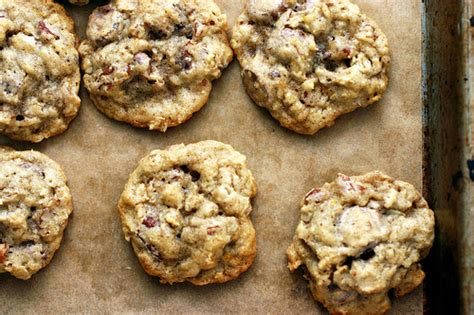 Smitten Kitchen Oatmeal Cookies by Chocolate Chip Oatmeal And Pecan Cookies Recipe Dishmaps