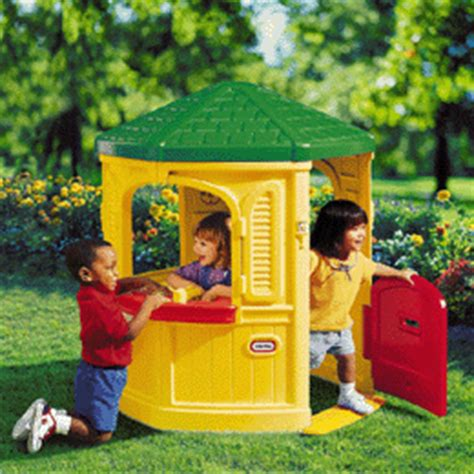 Little Tikes Cozy Cottage Playhouse Garden Game Review Cozy Cottage Playhouse