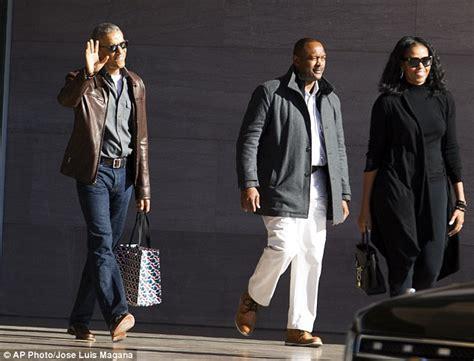 Barack Obama Wardrobe by Barack Obama Shows His New Laid Back Style Daily Mail