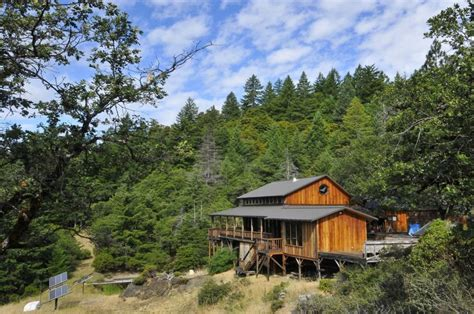 Cabins For Sale In California Redwoods by The Grid Retreats For Wireless Living