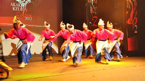 malaysia joget tarian zapin traditional malaysian dance let s dance