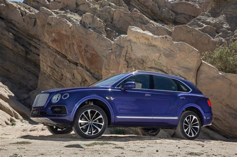 bentley bentayga 2017 bentley bentayga test review motor trend