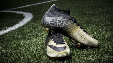 ronaldo shoes new nike cr7 mercurial gold cleats 2015 cristiano ronaldo