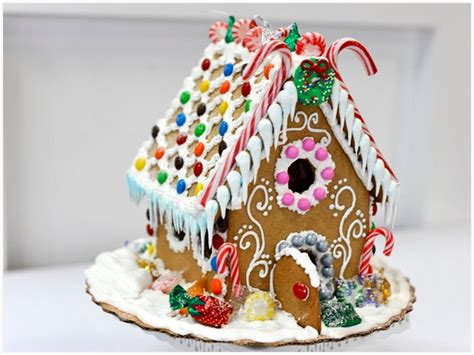 gingerbread house gingerbread house decorating workshop
