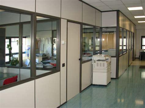 pareti per uffici rivestimenti interni esterni pareti divisorie attrezzate