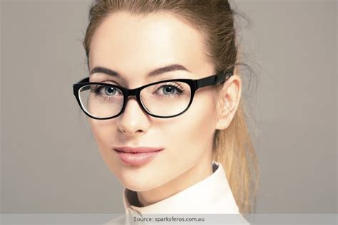 Tips To Look In Pictures by How To Look In Glasses Tips To Look Cool With