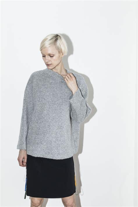 42589 Gray Oversize Top c f goldman grey oversized sweater garmentory