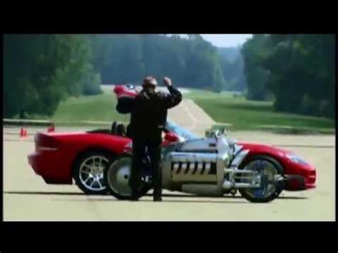 Tomahawk Motorrad by Dodge Tomahawk Vs Dodge Viper Bikes And Cars Auto Industry