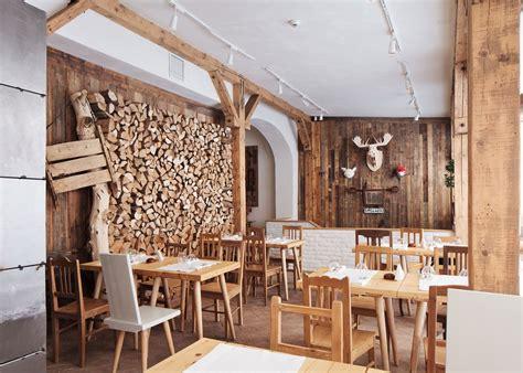 woodwork restaurant lacrimi si sfinti by cristian corvin