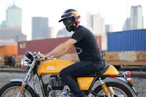 Comfortable Street Bike The Bell Moto 3 Retro Throwback J Amp P Cycles Blog