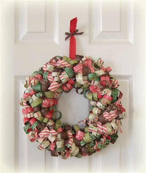 Paper Wreaths - it wednesday curly paper wreath for