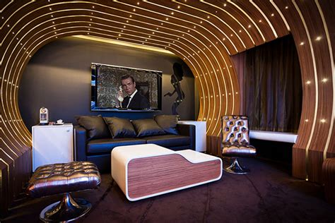 themed hotels james bond 007 suite at seven hotel paris hiconsumption