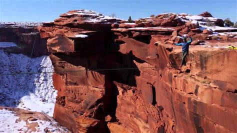 cliff rope swing world s most insane rope swing ever canyon cliff jump