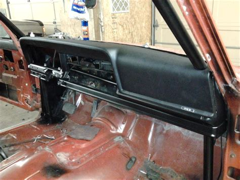 jeep j10 roll bar rollbar in a wagoneer anyone got pictures