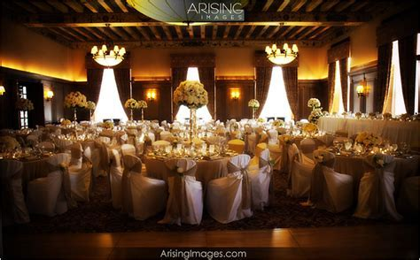 Wedding at the Detroit Athletic Club in Detroit, MI