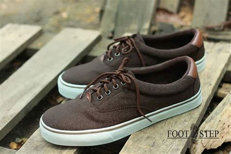 Moofeat Boots Low 3 Brown mods shop footstep earth reborn