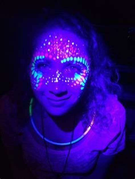Lu Neon Uv 16th glow in the on glow and