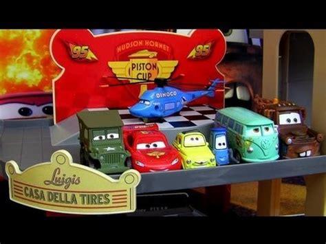 Disney Cars Garage by Cars 2 Luigi S Casa Della Tires Pit Crew Garage Playset
