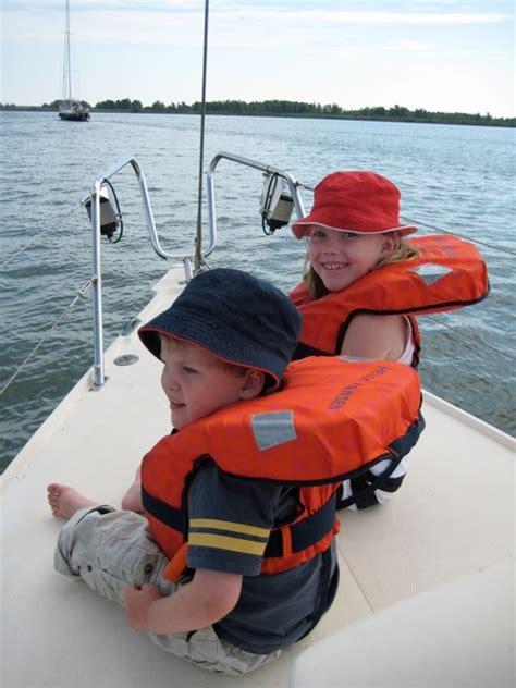 reddingsvest controleren nieuws van kids watersport online reddingsvesten en