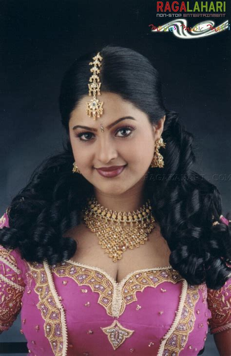 pictures gallery raasi photo gallery