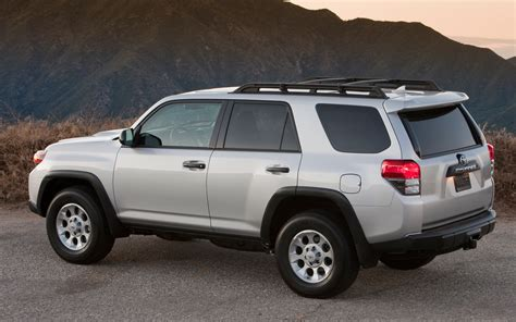 Toyota 4runner Edmunds Edmunds Toyota 4runner Review Research New Used Html