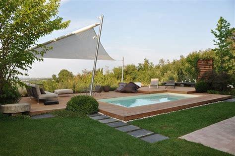 piscina in giardino come arredare un giardino con piscina arredamente