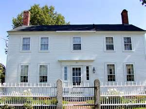 Colonial Home Architecture House Styles The Look Of The American Home