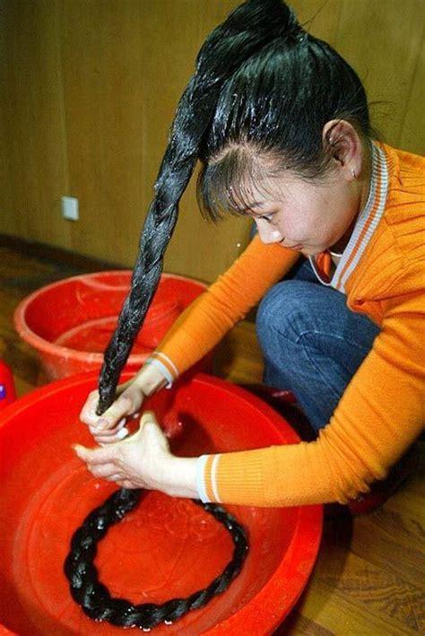 world record woman longest pubic hair long hair world record longest hair woman godivas and