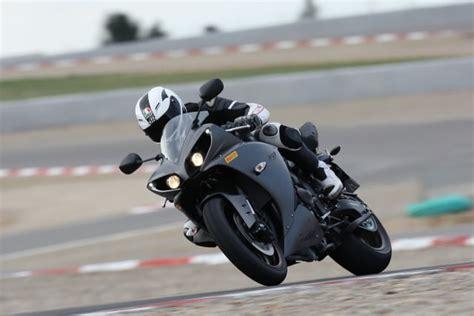 Ps Motorrad K Ndigen by Yamaha Yzf R1 Testbericht