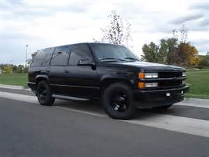 2000 chevrolet tahoe limited edition reviews prices