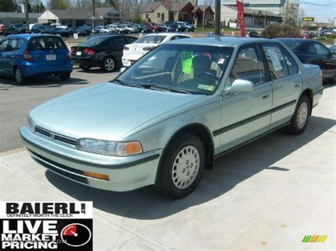green opal car 1992 opal green metallic honda accord lx sedan 48387238