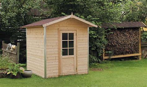 petit abris de jardin en bois petit abri de jardin en bois et aluminium 4 mtres carrs