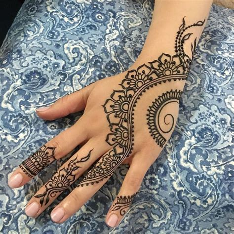 henna style tattoo artist 25 best ideas about indian henna designs on