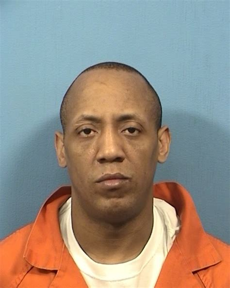 Dupage County Criminal Record West Larell Inmate 96889 Dupage County In