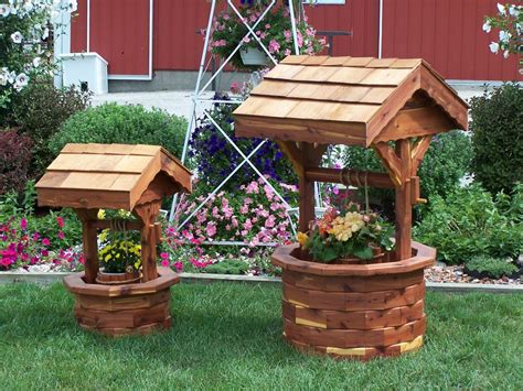 Wishing Well Planters by Wishing Well Planter Amish Furniture Crafts