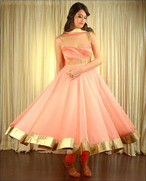 dress design in white colour designs ideas and ispiring anarkali suits