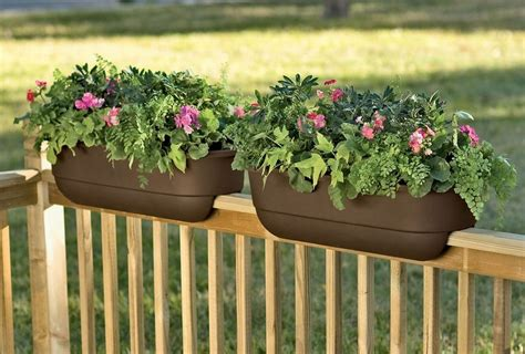 deck rail planter boxes planter boxes for decks images