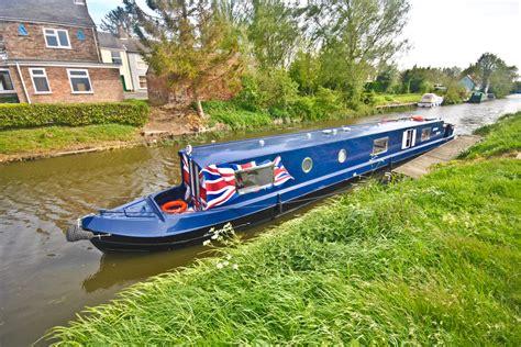 narrow boat vinyl wrap pendle narrowboats narrow waters narrowboat